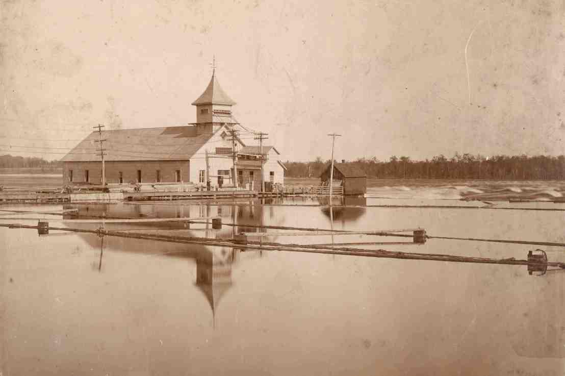 William Jackson Conroy et l'hydroélectricité aux rapidesDeschênes